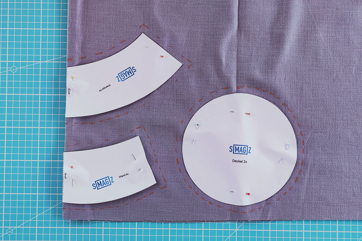 Sewing instructions for a bucket hat - step 2