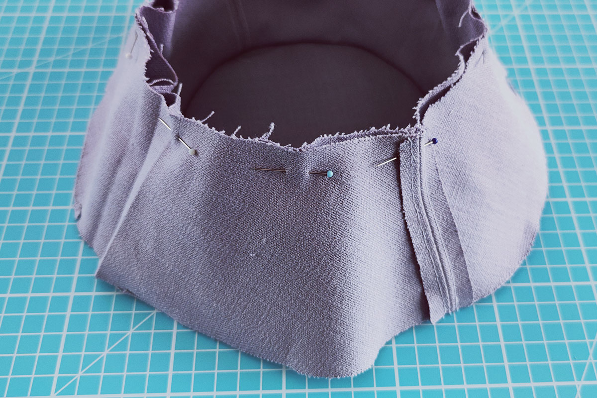 Sewing instructions for a bucket hat - step 6